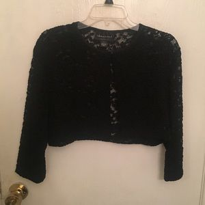Cropped Floral Lace Cardigan